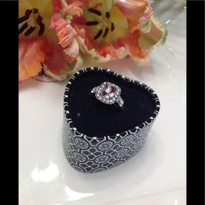 ❤️ Brighton Renia Ring with tin Crystals 8
